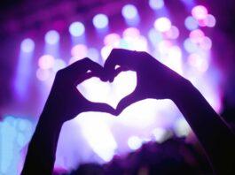 Kostenloser Livestream aus der LANXESS arena Köln an Weiberfastnacht