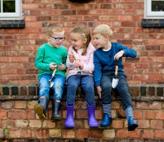 CityNEWS verlost zusammen mit Kent & Stowe je eine Kinder-Spatengabel, Kinder-Rechen, Kinder-Handgabel sowie eine Kinder-Handschaufel.